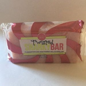 Twisted Snarky Bar